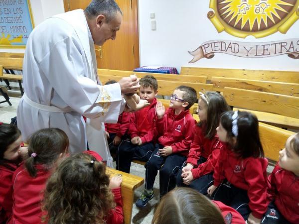 En la capilla (6)