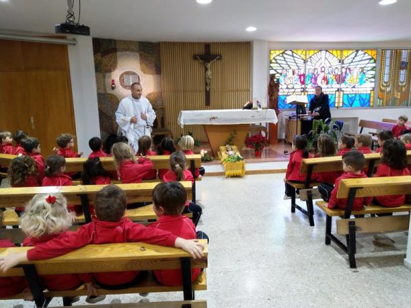 Besando al niño Jesús (5)