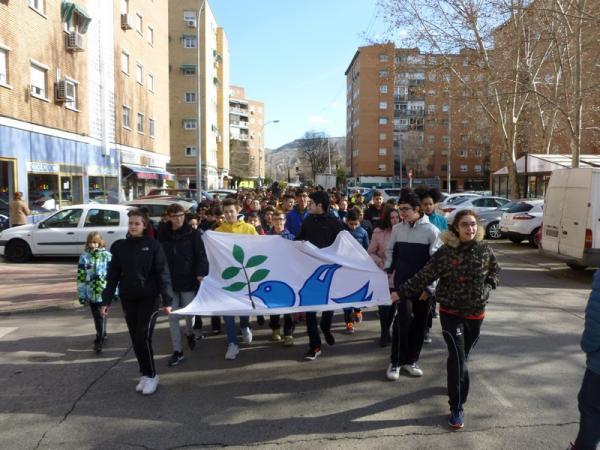 Secundaria celebra la Paz (1)
